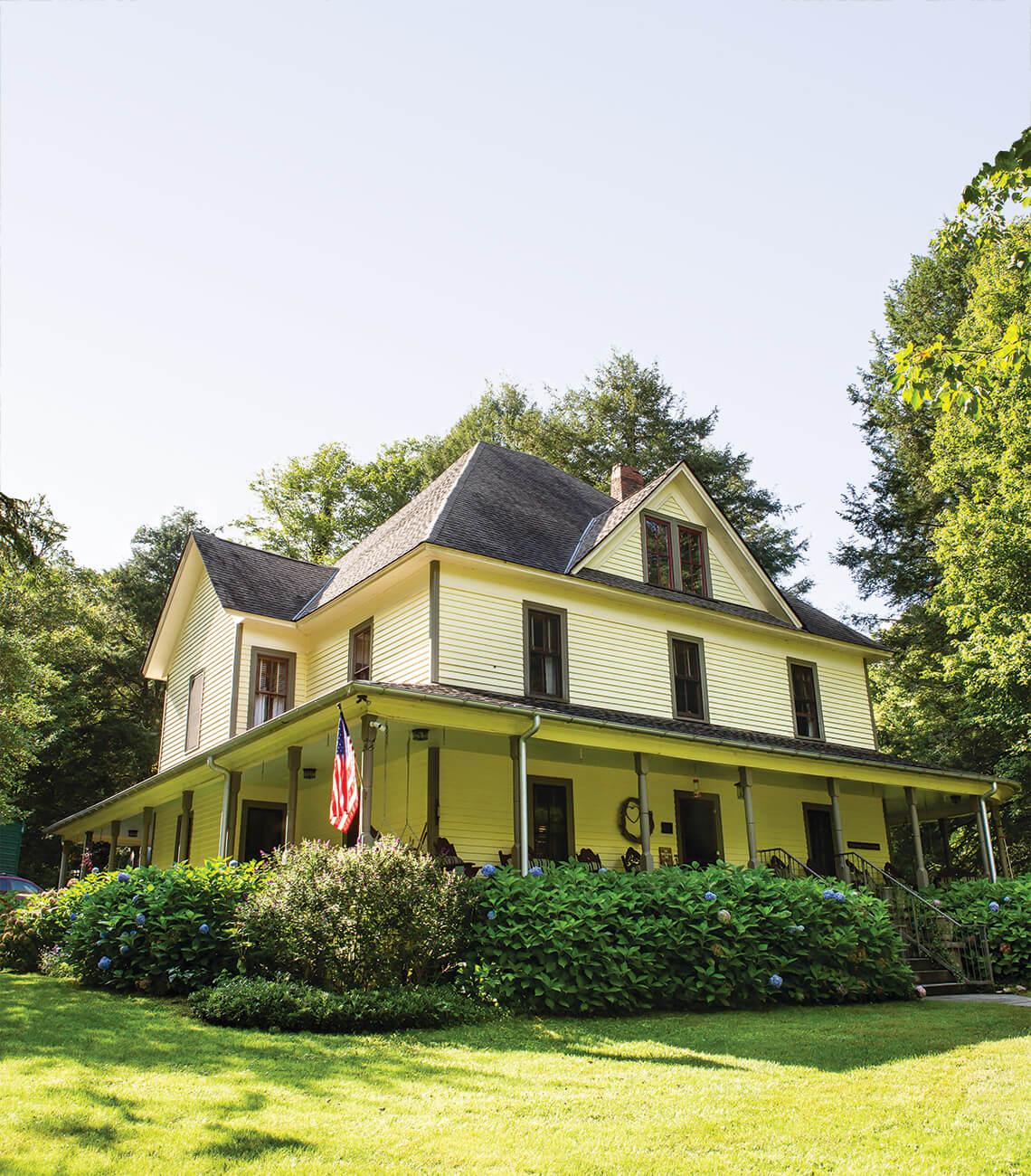 Exterior shot of Buck House Inn.